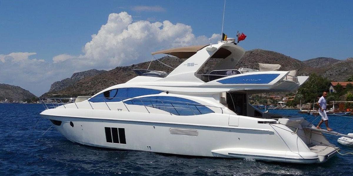 Motor Boat Charter in Puerto Banus – Azimut 58 Flybridge