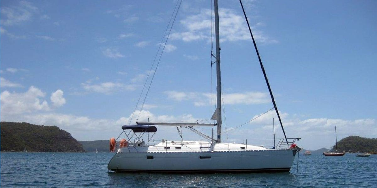 Beneteau Oceanis 351 Estepona Yacht Charter