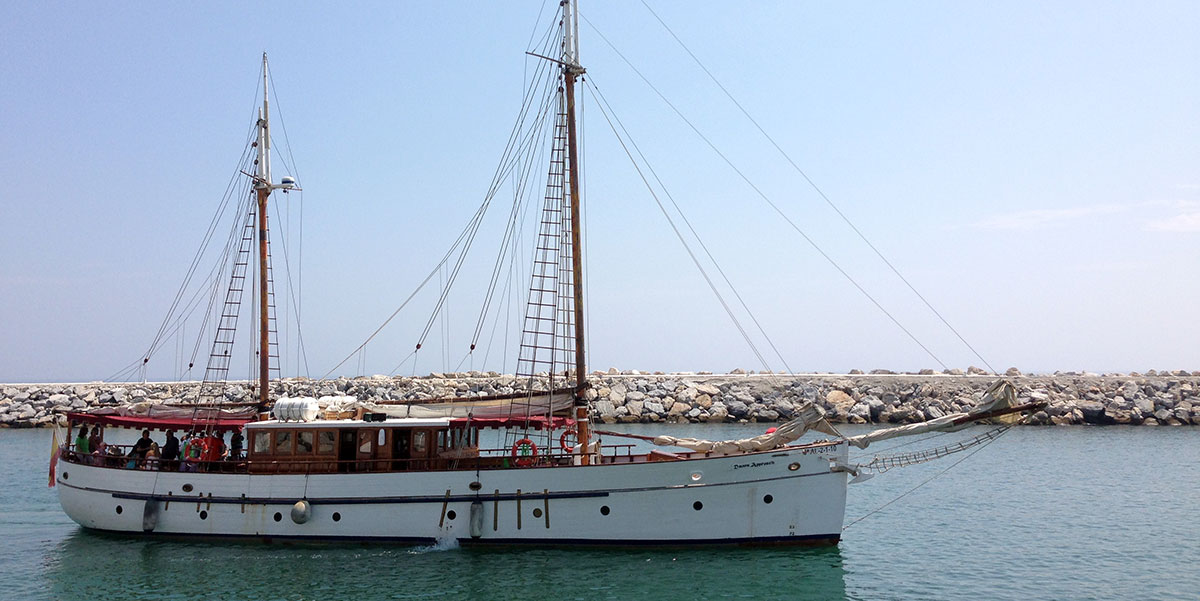 Classic Yacht – Dawn Approach Charters from Puerto Banus