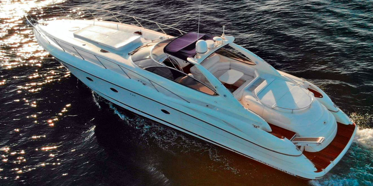 Marbella boat charter on this amazing Sunseeker